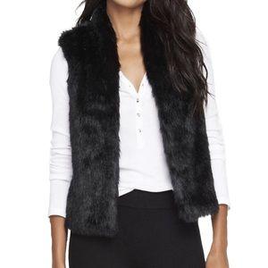Eyeshadow Faux Fur Sweater Vest Small